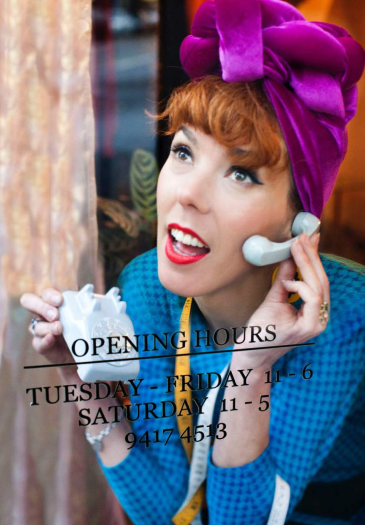 hello!-w-opening-hours-web